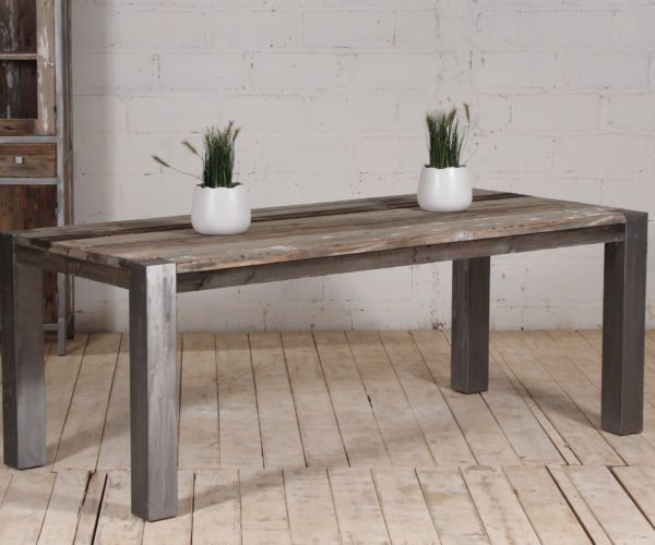 Reclaimed Pine Stahl Dining Table